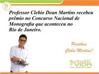 Professor de Enfermagem recebe prêmio em Curso de Monografia